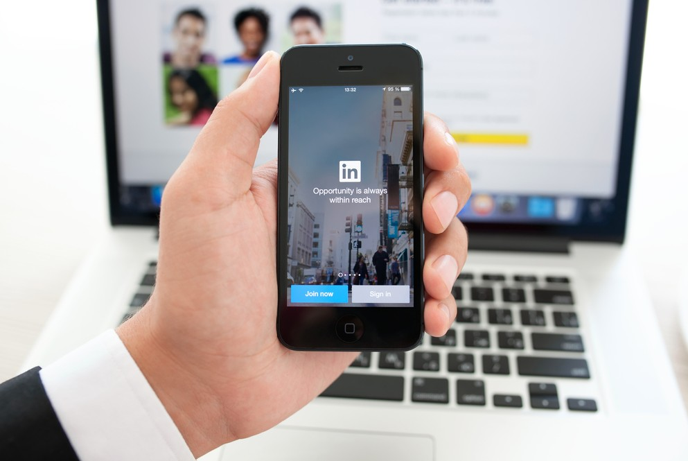 4 Simple Ways LinkedIn Can Boost Your Content Marketing Strategy